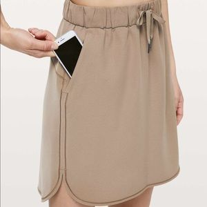 NWT Lululemon On The Fly Skirt in Frontier Khaki